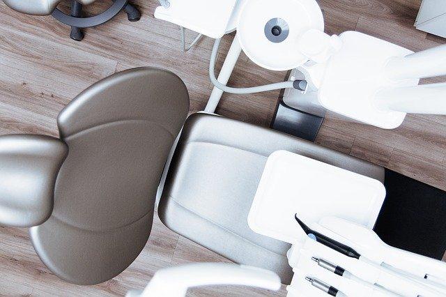 tandlægestol